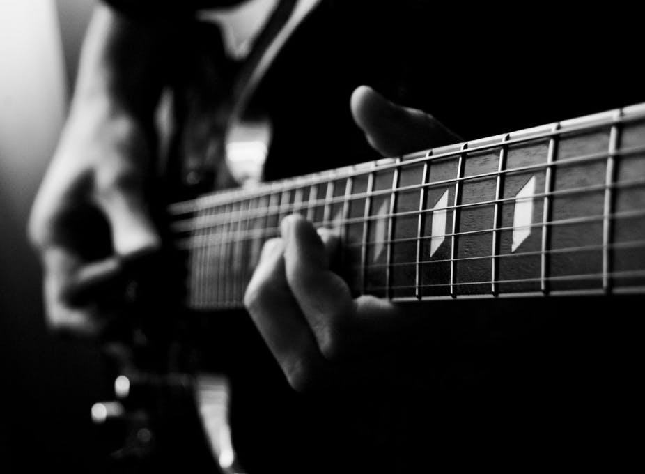Bagaimana Musik Membantu Menyelesaikan Konflik Batin Kita Yang Terdalam